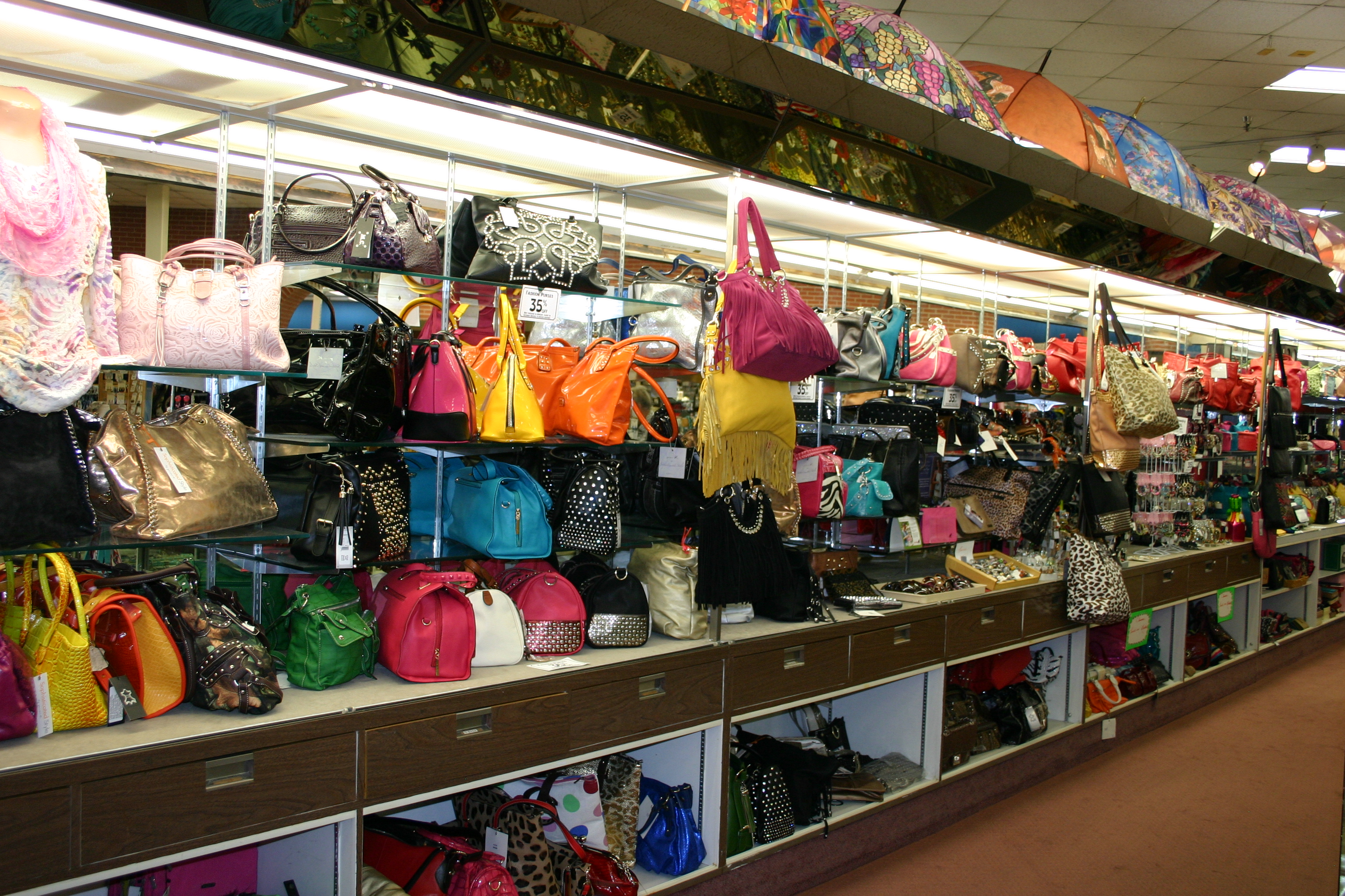 View Larger /assets/site/web/images/directory/gallery/16/85324-Jewelry Purses.JPG